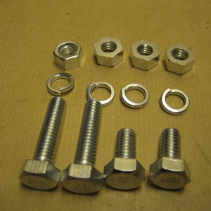 GPW SPARE WHEEL BRACKET FIXING KIT