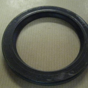 OIL SEAL WHEEL HUB BEARING
