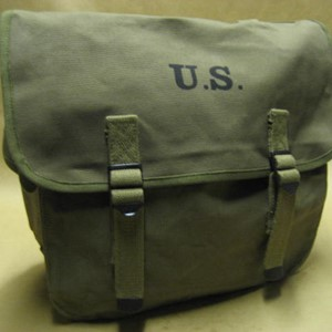 HEAVYWEIGHT CANVAS MUSETTE BAG
